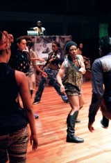 Review van In My Pocket van dansgezelschap Don't Hit Mama.
