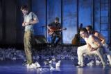 ZOUT van het moderne dansgezelschap Conny Janssen Danst is terug in de theaters