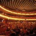 Muziektheater Amsterdam. Foto door Mandyromme via Wikimedia