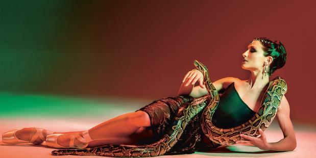 Nationale Opera & Ballet, Het Nationale Ballet, Junior Company,  Mata Hari, Ted Bransen, Hans van Maanen, Justin Peck, Sasha Waltz, George Balanchine,