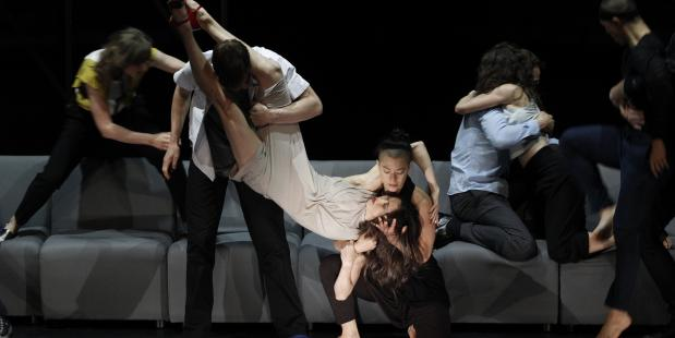 Foto Jeff Busby, Anouk van Dijk/Falk Richter - Complexity of Belonging Chunky Moves