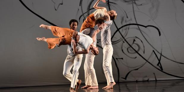 Trisha Brown Company - L'Amour au Théâtre