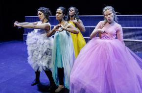 Liefde - Maas theater en dans. © PhileDeprez