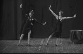 Beeldstil via YouTube. 1920s - charleston dance