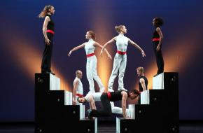 introdans grupo sportivo sport dans voorstelling