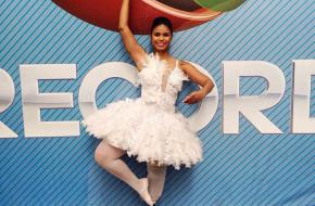 Ballerina danst weer dankzij speciale prothese