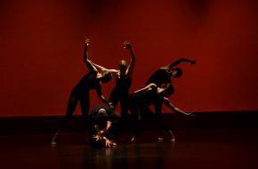 Podium Dans