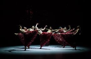 Khôra, dans, voorstelling, Nanine Linning, Bart Hess